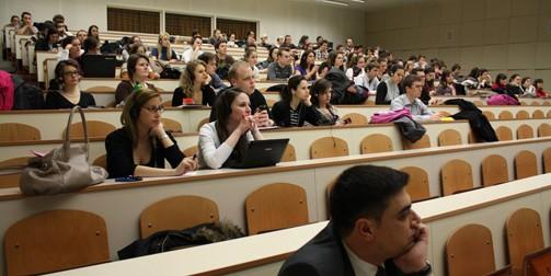Azerbaijan culture presentation audience